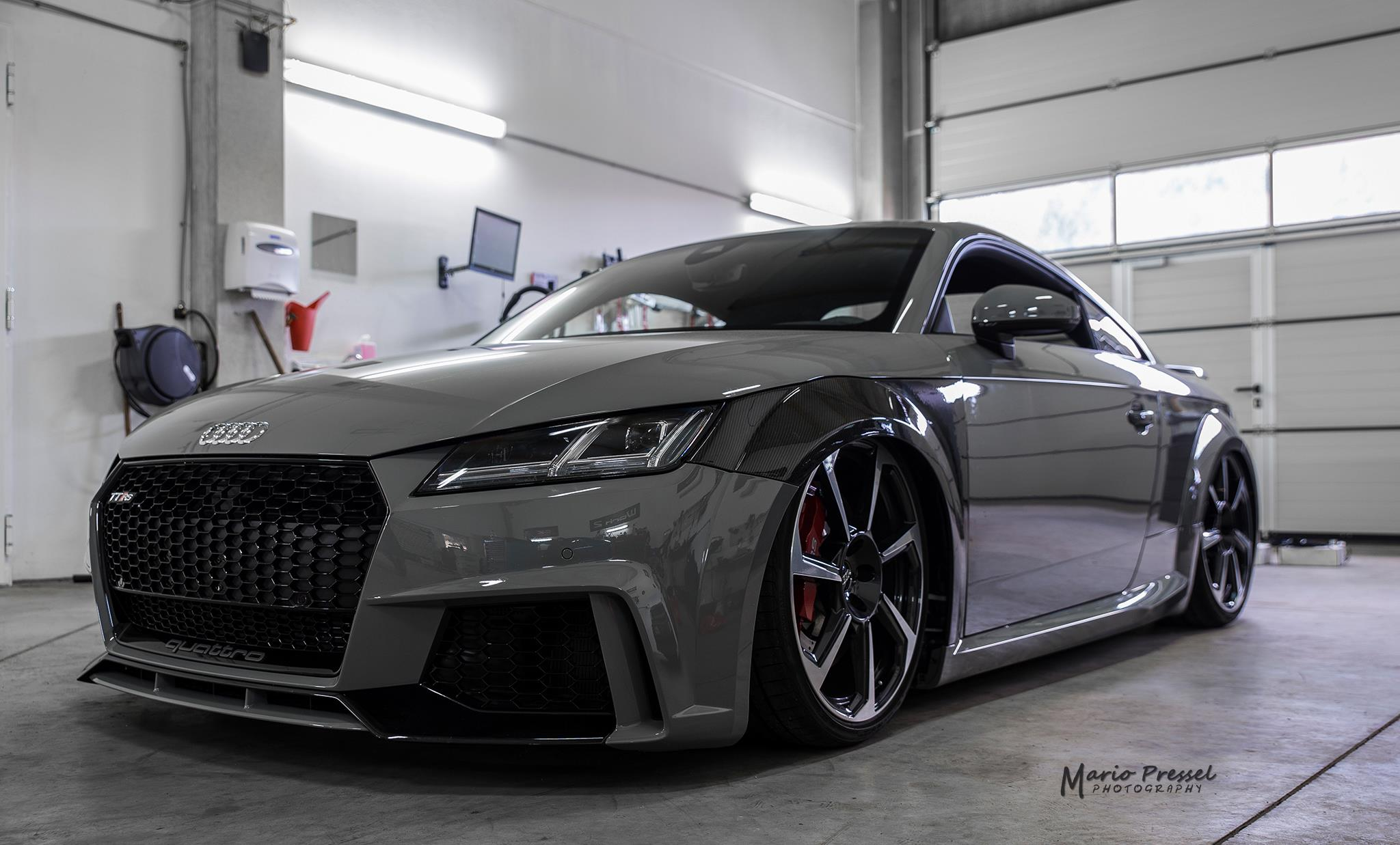 audi tt rs 8s by werk 2 werk 2 automotive gmbh. Black Bedroom Furniture Sets. Home Design Ideas